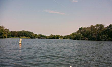 Kayaking Guist Creek Lake